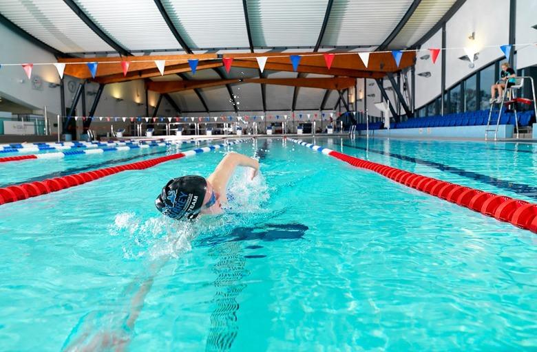 как правильно плавать кролем