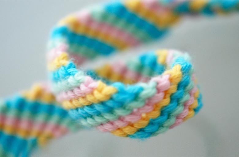 схема плетения фенечек